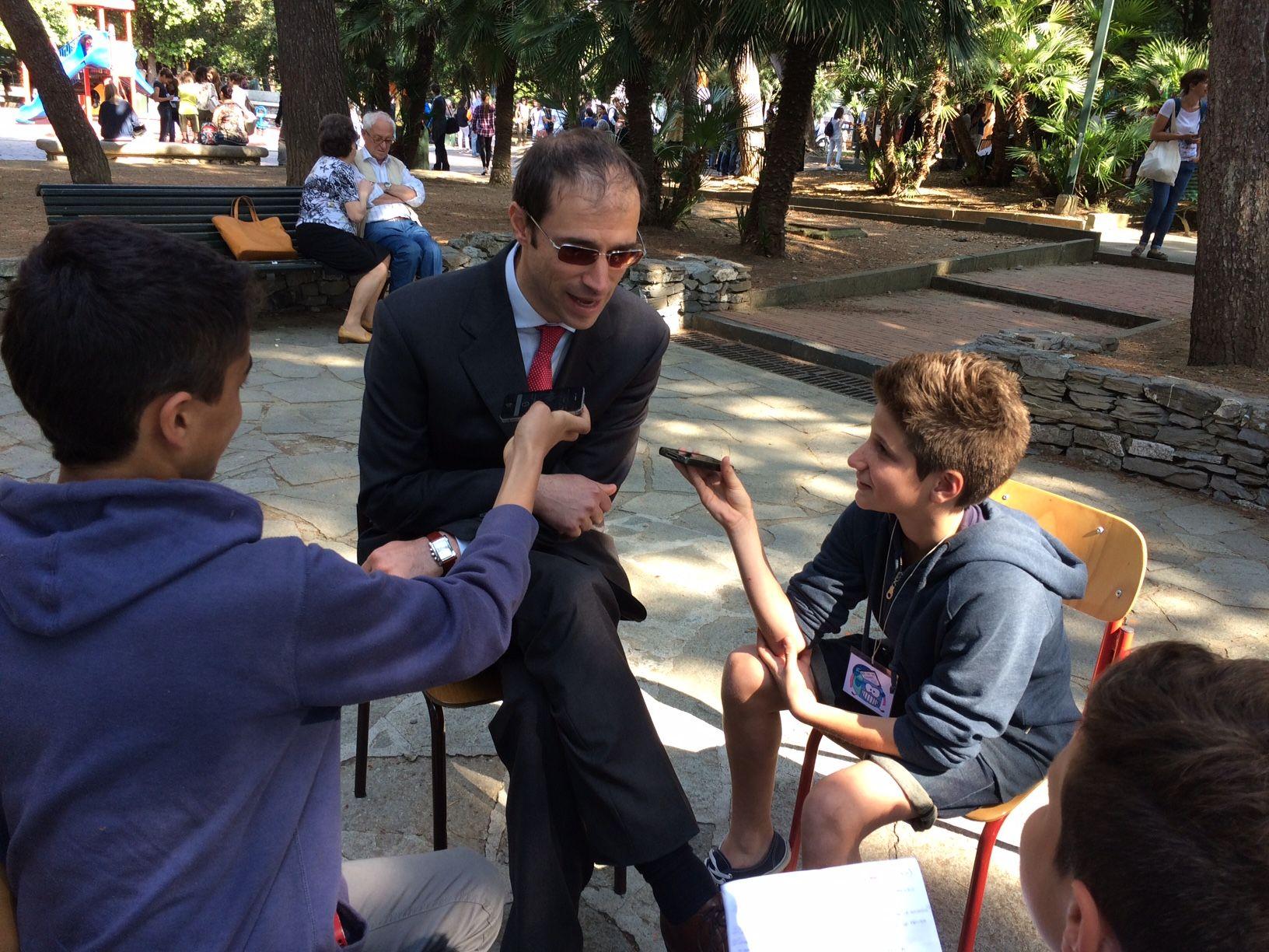 Giornalino miniscoop prove di intervista le domande dei for Intervista domande